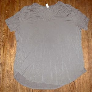 Basic gray V-neck tee!